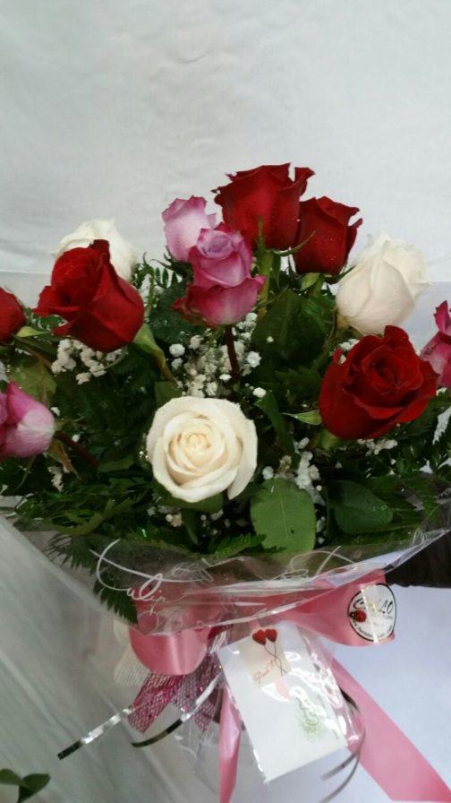 12-rosas-de-colores