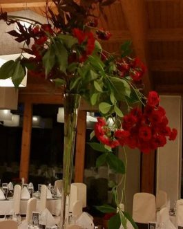 Bodas 27 – Decoración floral en comedor de Bodas