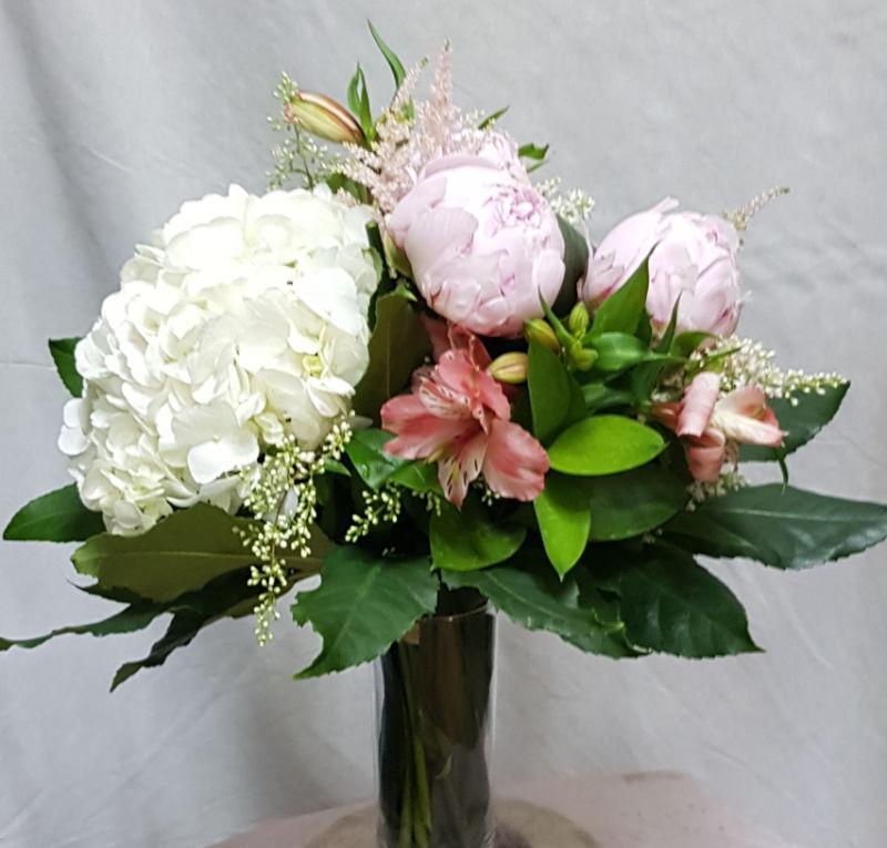 ramo-hortensias-peonias-